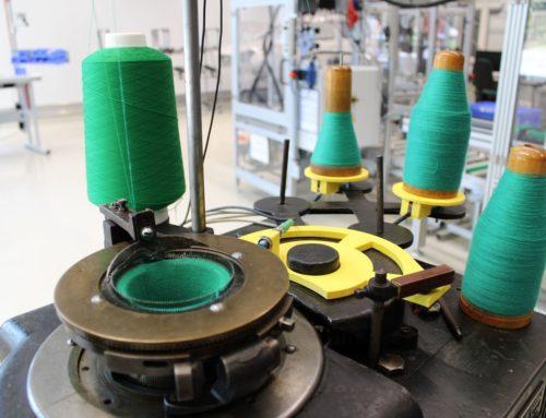Alte Rundstrickmaschine für Industriemuseum modernisiert