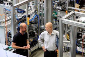 Expertengespräch: Dr. Steffen Leischnig, Geschäftsführer der LSA GmbH, und Prof. Dr. Egon Müller || © LSA GmbH