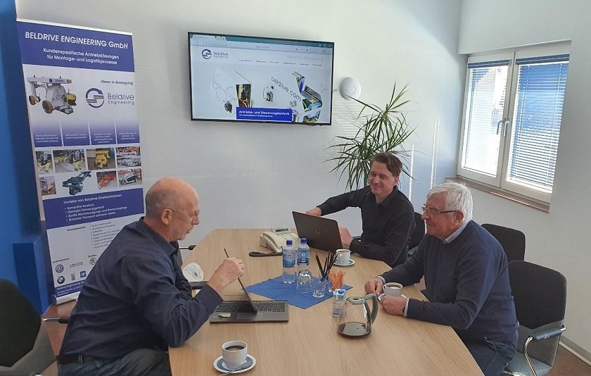Expertengespräch in der Firma Beldrive Engineering GmbH Einsiedel mit dem Geschäftsführer Herr Thomas Wagner und Dr. Georg Wanke|| © Egon Müller